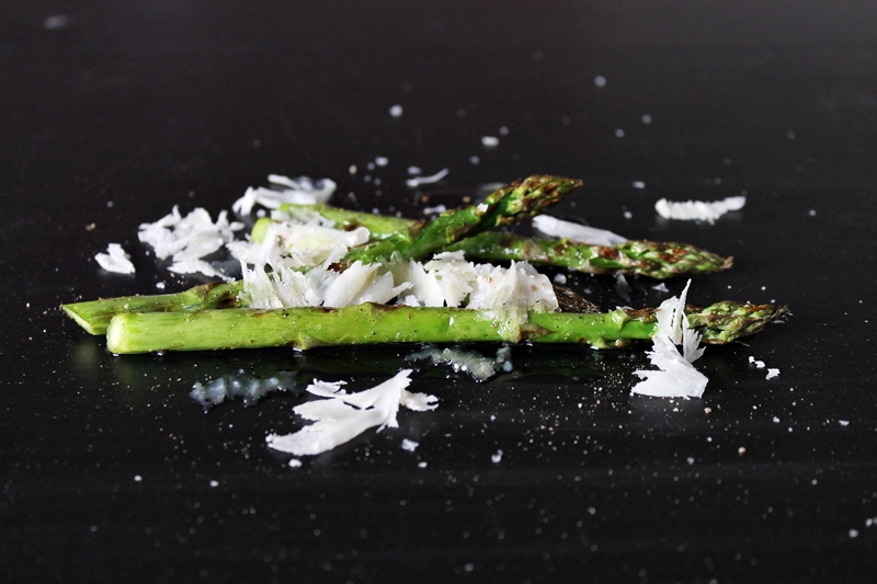 Asparagus with Parmesan cheese, facts about asparagus