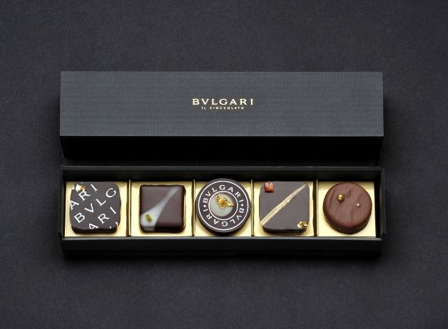 15 cool & luxurious gold food packagings, Bvlari chocolate