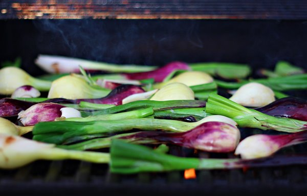 Grilled onion, How to Grill Vegetables - a complete guide to Grilling Vegetables