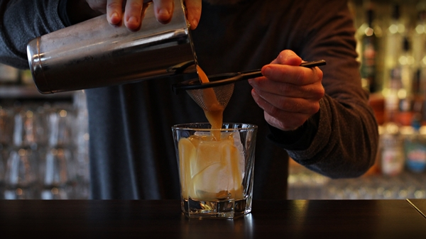 Try the Rumble - a great fall drink by our favorite bartender Peter Bellmyr at Grappa Restaurant in Varberg, Sweden