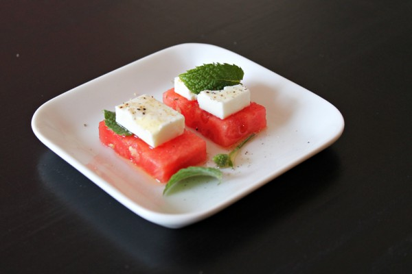 Watermelon and Feta Cheese Tapas Bites, get the recipe at Ateriet.com
