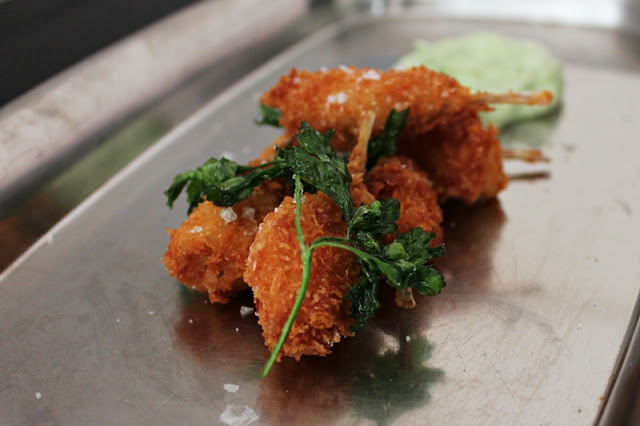 Frog Legs in Panko with Herb Dip