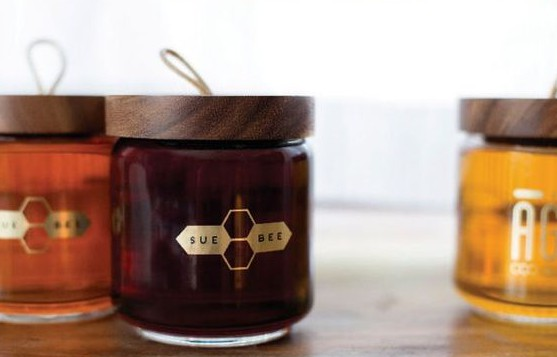 Honey with wood lid, Wood Food Packaging - 10 Great Ideas