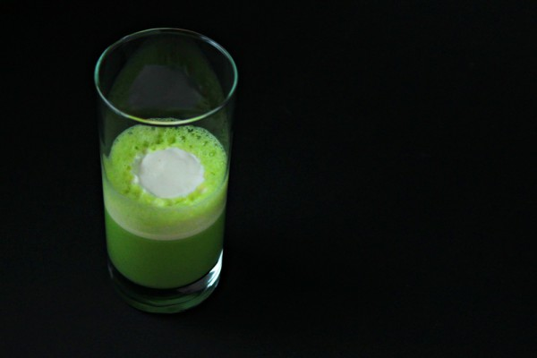 Green pea soup with Champagne and Cream