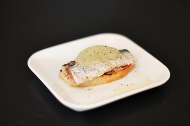 Sardine recipe with Lemon and Grilled Bread
