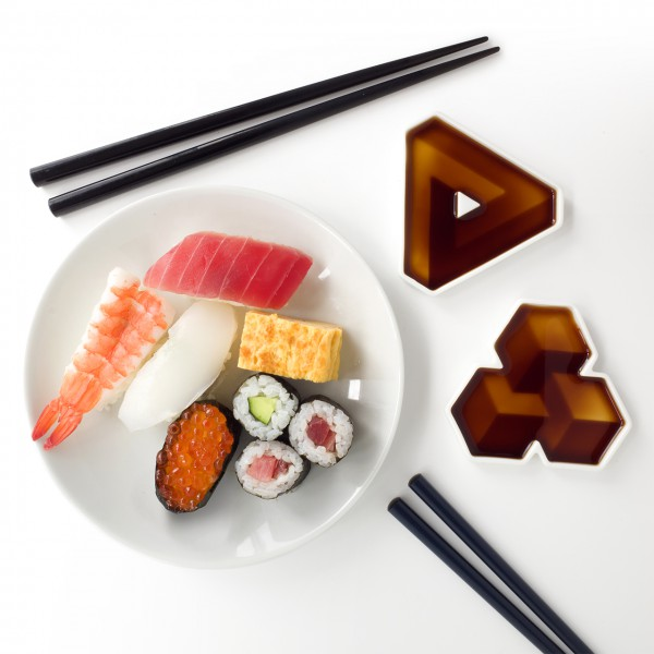 Geometrical Soy Dipping Dishes is A Piece of Art