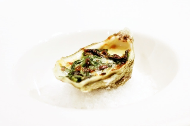 Gratinated Oysters with Garlic, Cream, Spinach and Parmesan Cheese