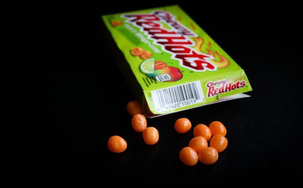 Chewy Red Hots Kick´n Mango-Lime Taste Test