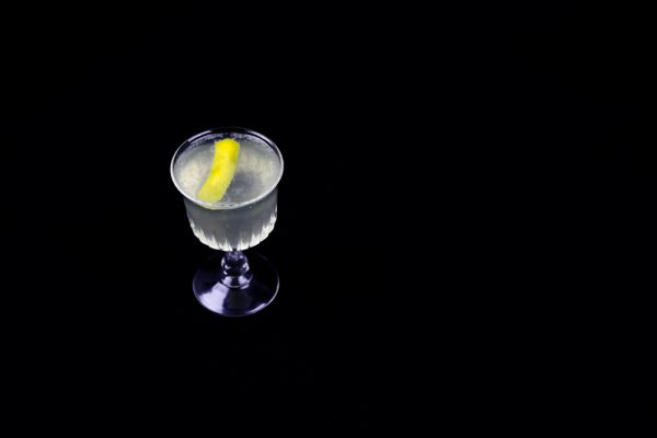 How To Make A Classic French 75 Champagne Cocktail