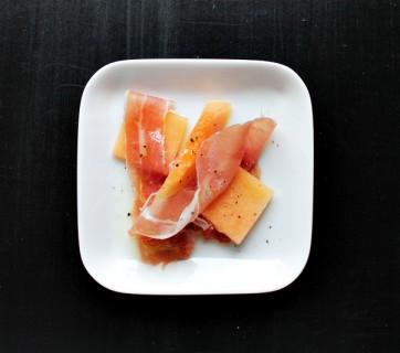 Parma ham serving