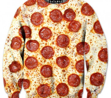 pizza sweater with peperoni