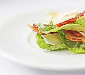 Caesar salad with bacon