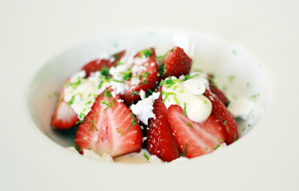 Strawberries with Mascarpone Cheese Meringue and Lime