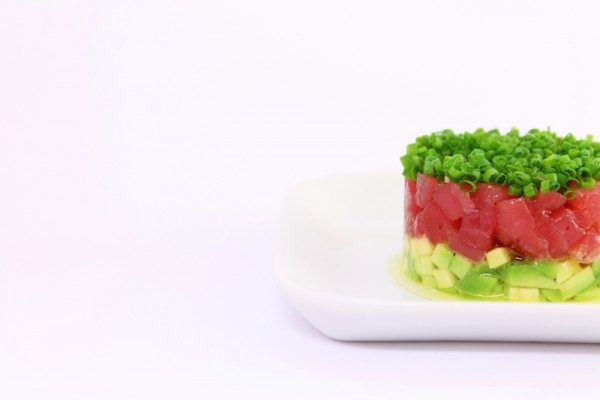 How to make Tuna Tartare with Avocado & Chives