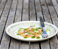 Smoked salmon with horseradish