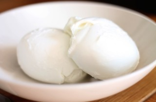 What is Mozzarella and how to use it, learn all you need to know at Ateriet
