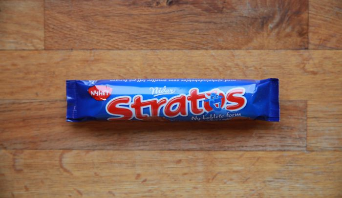 Stratos Chocolate Bar Taste Test - Norwegian Chocolate Packed With Bubbles