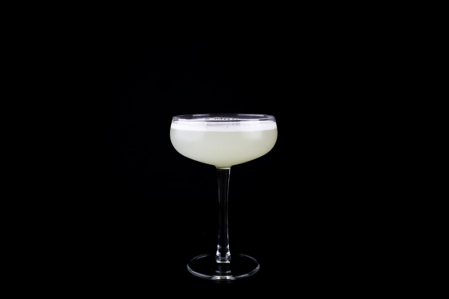 How To Make a Perfect White Lady Cocktail
